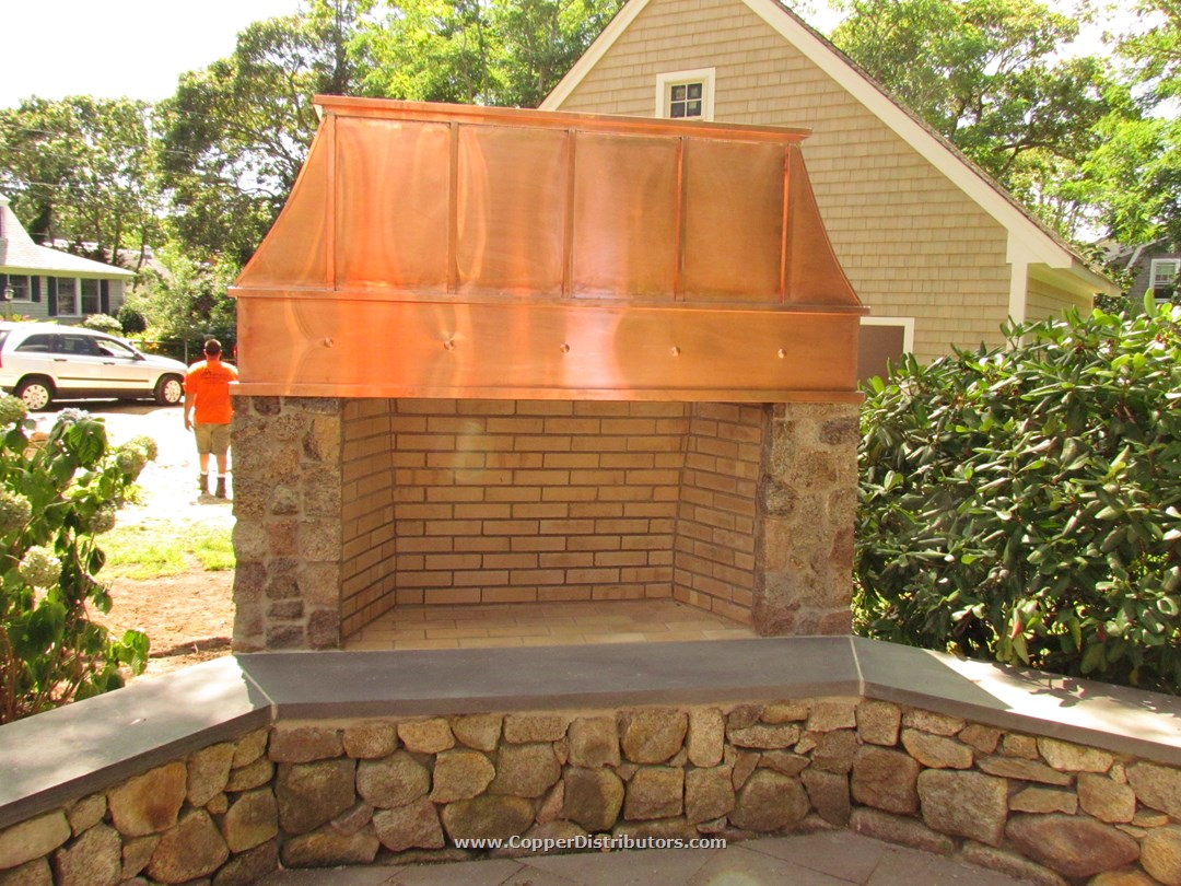 Exceptionnel Custom Outdoor Fireplace Copper Chimney Cap. «